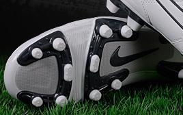 Как правильно выбрать футбольные бутсы?