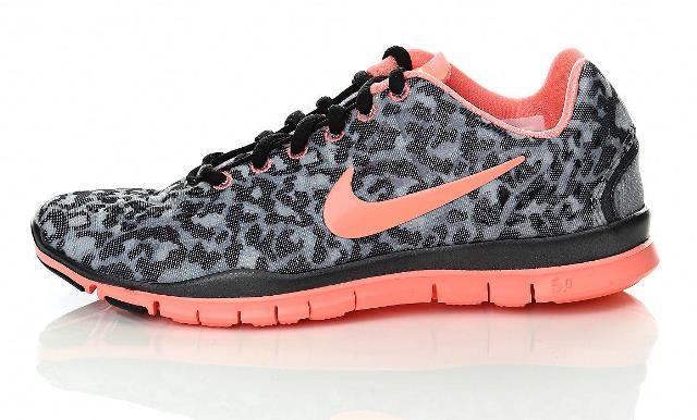 e697a034 В общем, обувь для фитнеса может быть очень разная и что-то одно предложить  трудно, но если вывести «среднюю температуру по палате» — то кроссовки для  ...