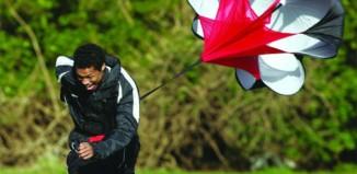 Бег с парашютом – новая техника экстремальной тренировки!