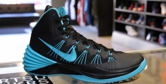 Обувь для баскетбола Nike — высокий прыжок к корзине