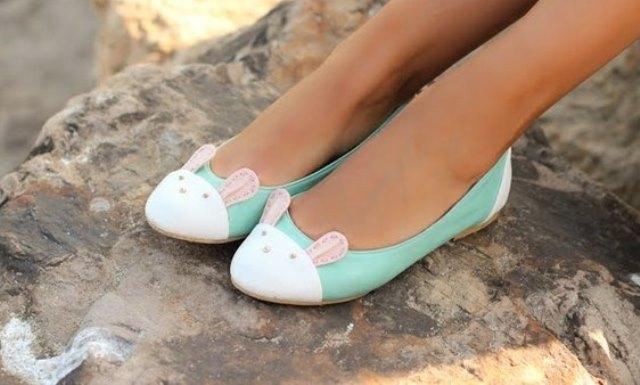 Женские туфли — классические лодочки или балетки?