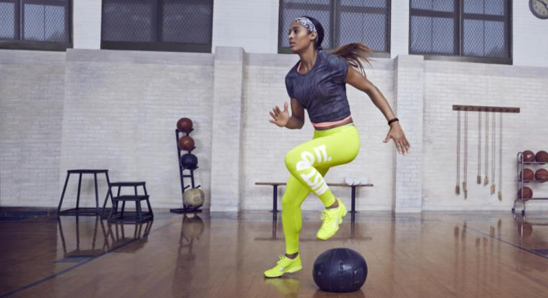 Nike_Skylar_Diggins_1_native_1600_native_1600