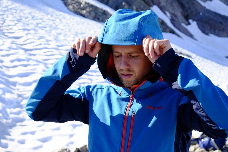 Softshell jacket hood